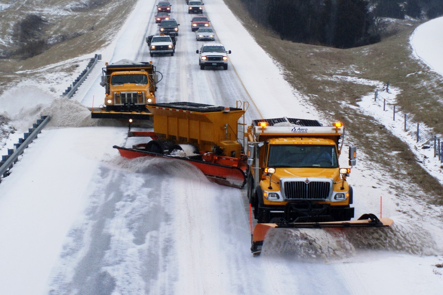 How GPS Tracking Software in Pakistan Can Improve Snowplow Operations